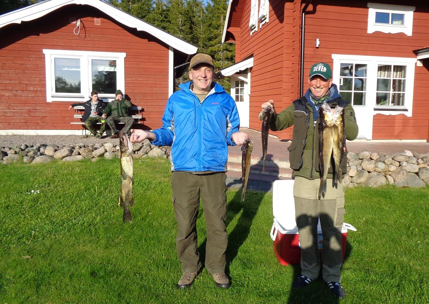 Fiska tycker dessa gäster om att göra.